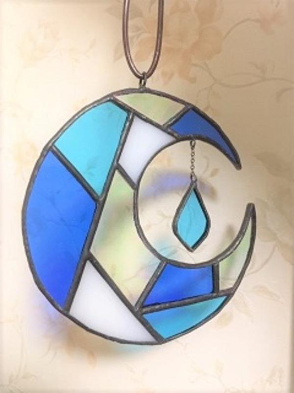 ステンドグラスの吊り飾り・二つ