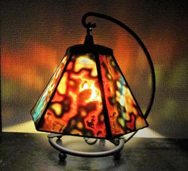 ガラスを楽しむ;ステンドグラス・ランプ