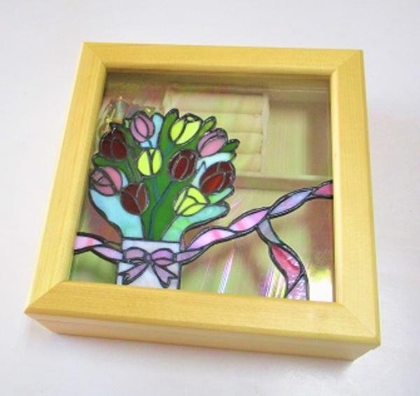 ステンドグラスの宝石箱(オルゴール付き)