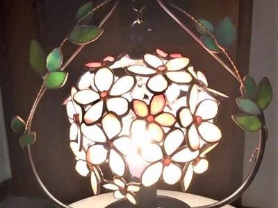 2019.5.21. 花弁の球ランプ  :制作 横山千鶴 さん