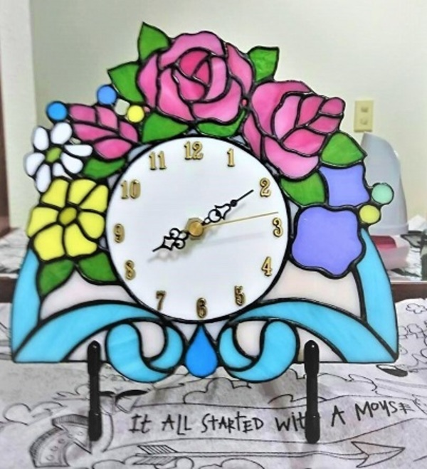 ステンドグラスの花時計