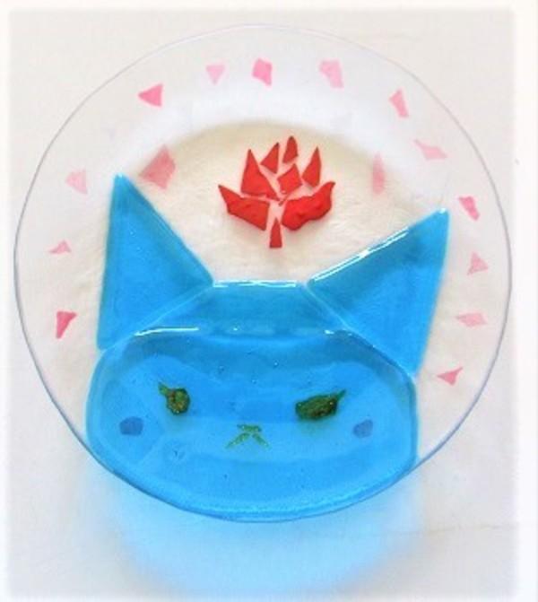 2018.8.9. ニャンコのお皿2枚(その1)  :制作 柴田恵 さんのサムネイル
