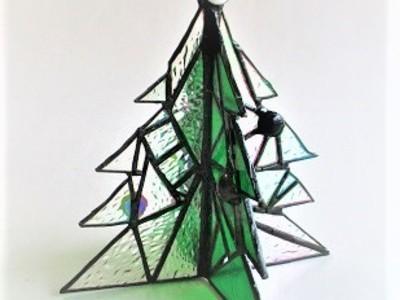 2018.12.8. クリスマスツリー  :制作 高橋典子 さん