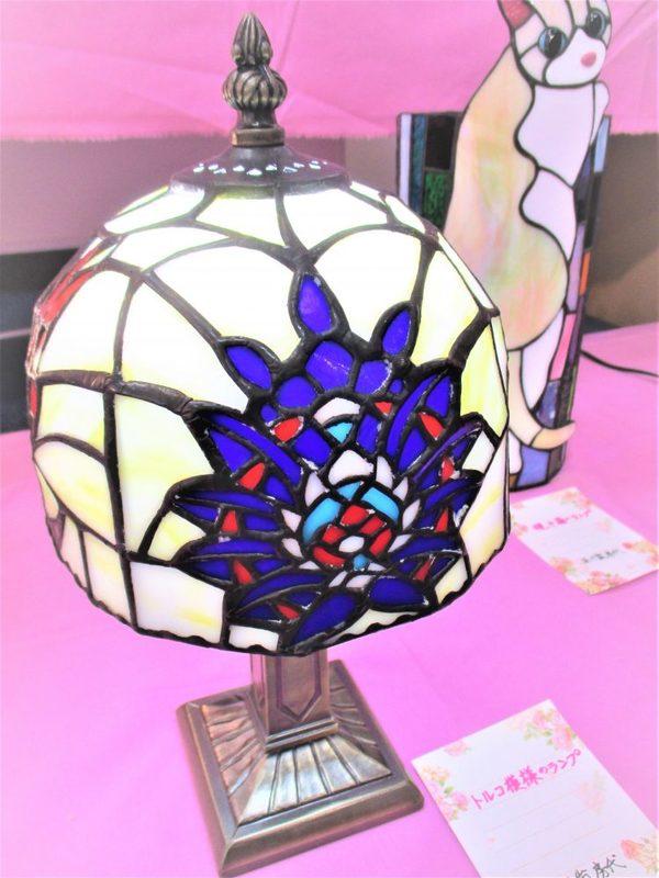 (89)  トルコ模様のランプ  :制作 五十嵐房代 さんのサムネイル