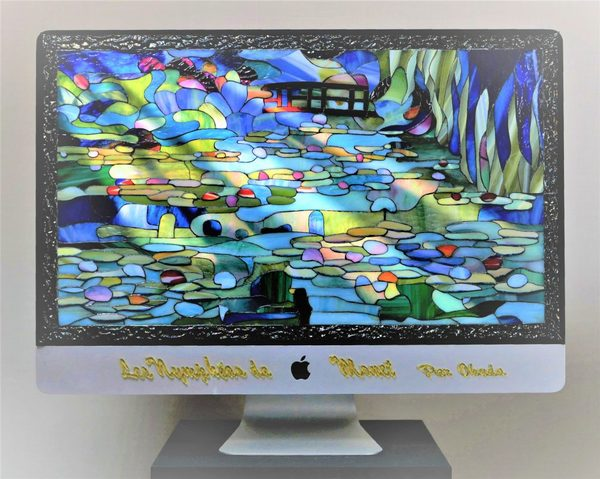 2020.7.1. 「睡蓮の池」 ステンドグラスと動画映像  :制作 奥田晃三 さん のサムネイル