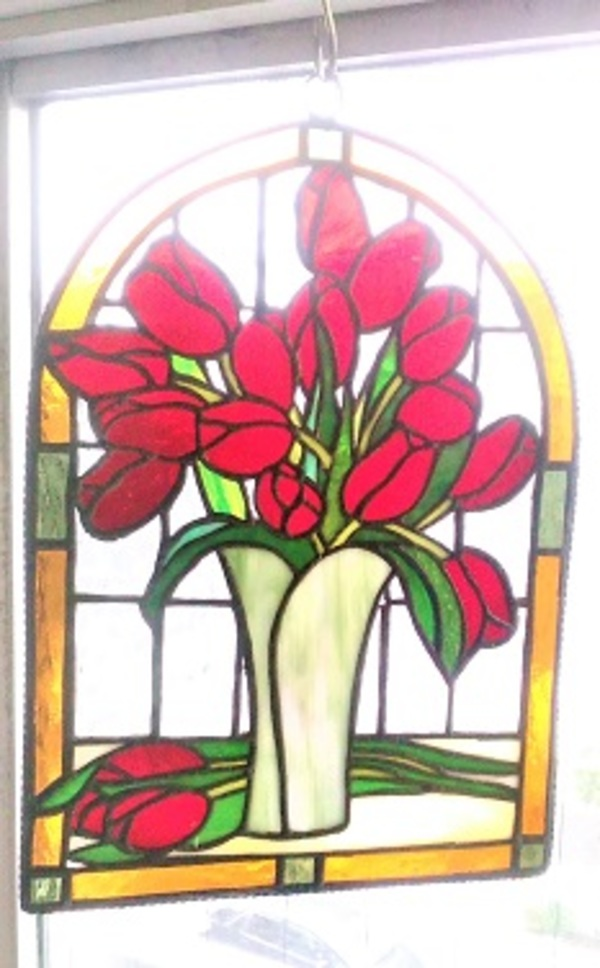 2020.6.30. ステンドグラスの飾りパネル  :制作 横山千鶴 さんのサムネイル