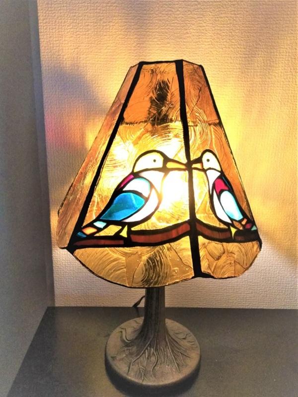 2020.7.24. 小鳥の卓上ランプ  :制作 高畠麻理子のサムネイル