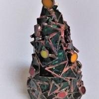 2020.12.2. クリスマスの飾り  :制作 横山千鶴 さんのサムネイル