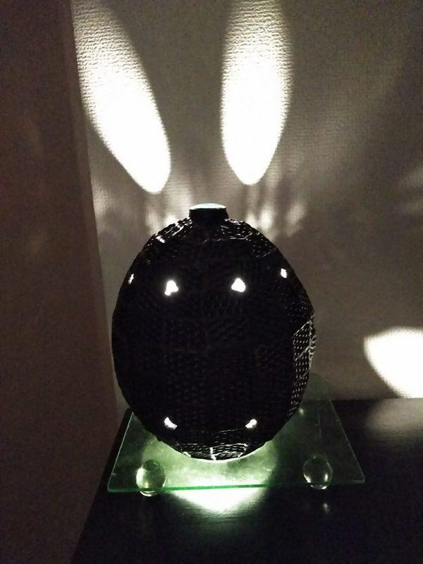 2020.12.4. ブラックエッグ・ランプ  :制作 上遠野芳江 さんのサムネイル