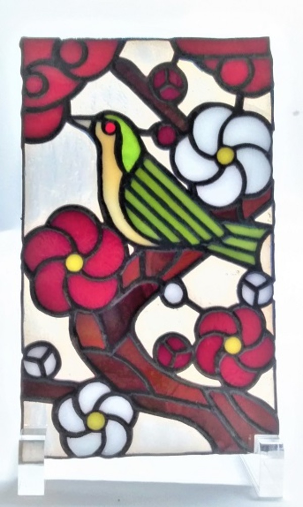 2021.2.7. 棚飾りステンド 「梅に鶯」  :制作 岩橋利英 さんのサムネイル