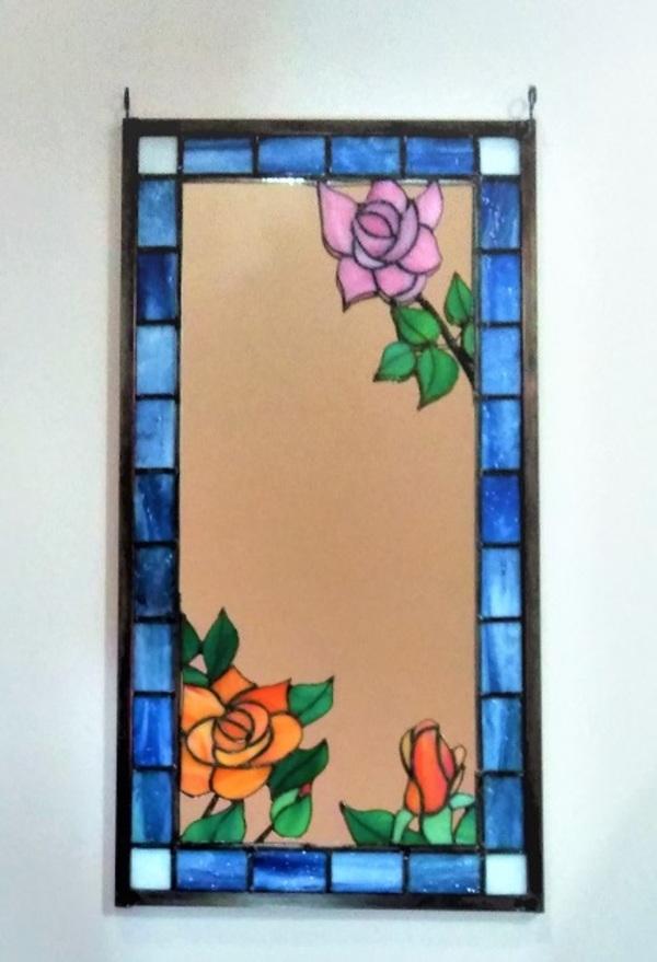 2021.3.17. ステンドグラス「薔薇の鏡」  :制作 山下清明 さんのサムネイル
