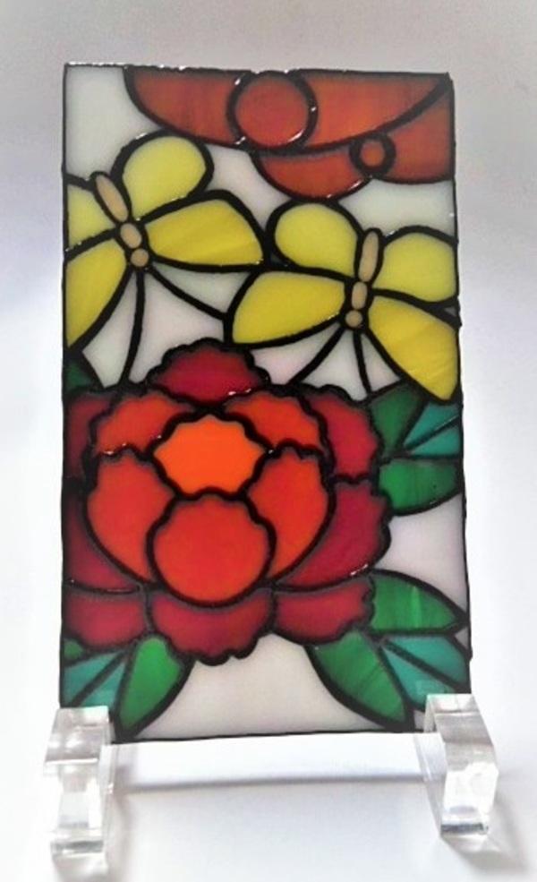 2021.5.23. 花札飾り:牡丹に蝶  :制作 岩橋利英 さんのサムネイル