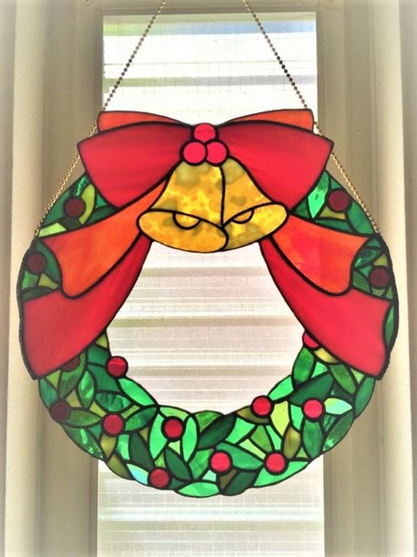 2021.5.7. ステンドグラスのリース(wreath)  :制作 福永博子 さんのサムネイル