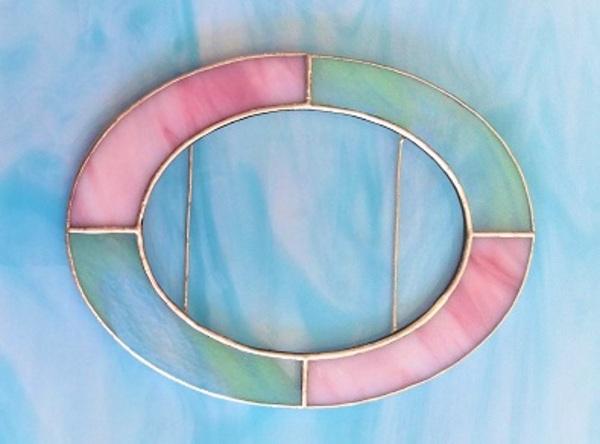 2021.8.5. ステンドグラスの写真立て  :制作 松本悦美 さんのサムネイル